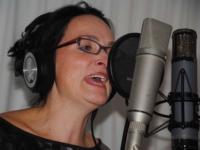 Angelique Fijnaut-background vocals